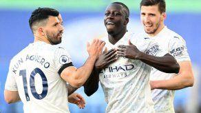 El City se pasea ante el Leicester