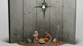 Banksy presenta en Belén un nacimiento de Navidad entre muros