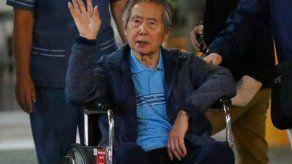 Alberto Fujimori es internado en clínica por dolores abdominales y arritmia