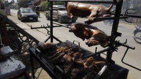Camboya: Provincia turística prohíbe venta de carne de perro