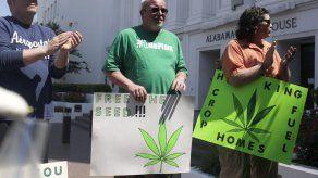 Alabama da un paso hacia legalización de marihuana médica