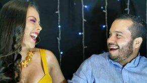 Raúl Aparicio y Doralis Mela en celebración virtual del 10 de noviembre
