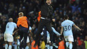 Gol de Sterling en descuentos da otra victoria al City