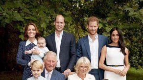 El príncipe Luis celebra su 1er cumpleaños