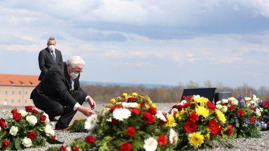 Los sobrevivientes del Holocausto y sus familias no pudieron reunirse para las celebraciones del aniversario este año debido a la pandemia de coronavirus.