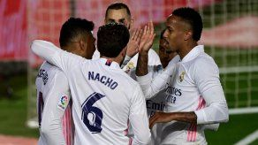 El Real Madrid venció al Osasuna y sigue a la caza del Atlético