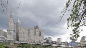 """Cleveland deja atrás las burlas por el """"río en llamas"""""""