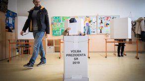 Expectativa de alta participación en las importantes presidenciales eslovacas
