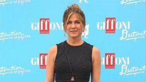 Jennifer Aniston llora al hablar de sus inseguridades