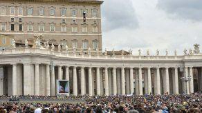 Un exobispo australiano critica al Vaticano por los casos de pederastia