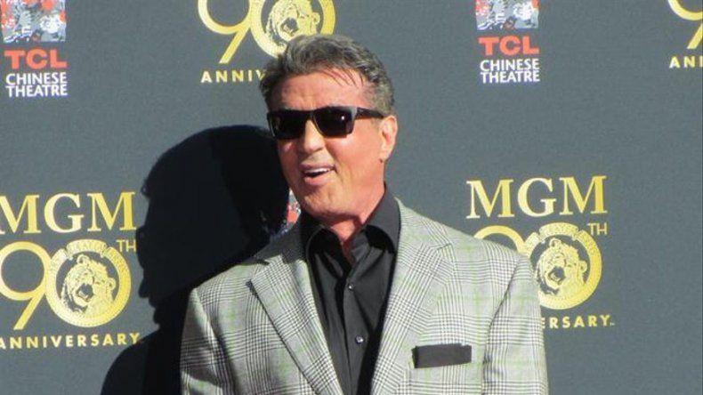 Sylvester Stallone rinde homenaje a Rocky