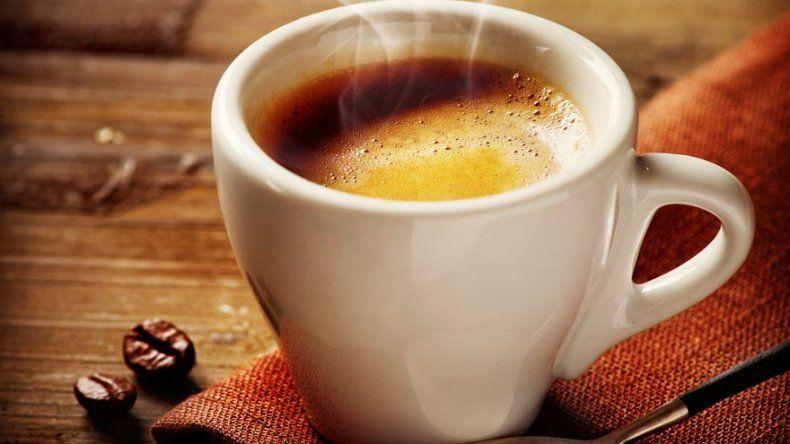 Estudio: Beber café a diario puede prevenir recurrencia de cáncer de colon