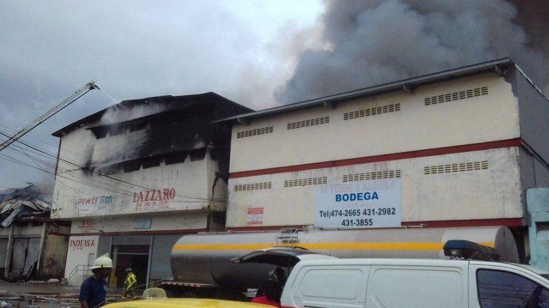 Incendio consume dos galeras en France Field, Zona Libre de Colón