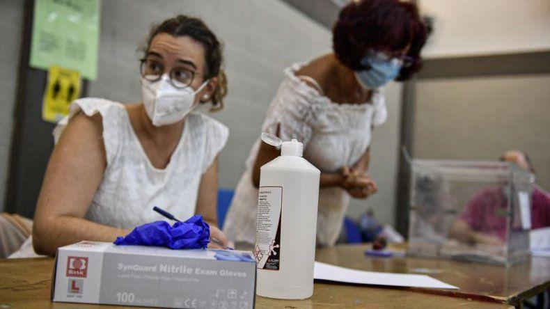 España celebra elecciones regionales en Galicia y País Vasco