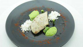 Pollo con Vegetales en Textura y Aceite de Trufas - Raul