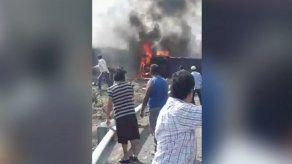 México: Choque entre bus y tráiler deja al menos 20 muertos
