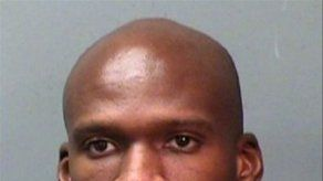 Sospechoso muerto en tiroteo contra base naval trabajaba para HP