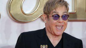 Elton John publicará en noviembre la colección de éxitos Diamonds