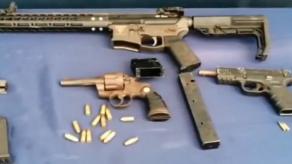 Ubican cuatro armas de fuego y municiones en lote baldío en Vacamonte