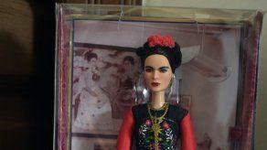 "Tribunal mexicano prohíbe venta de Barbies tipo ""Frida"""