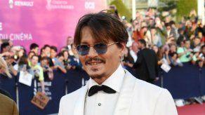 Un individuo se cuela en casa de Johnny Depp para darse una ducha y tomarse una copa