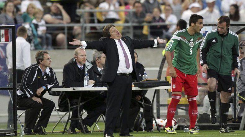 Herrera afirma que México tiene armas para contrarrestar a Neymar y Brasil