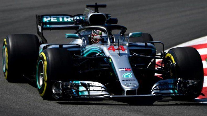 Hamilton fue el más rápido en segunda sesión de los libres en Montmeló