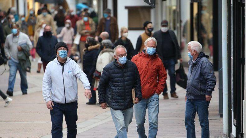 Francia lanza campaña para influenza en medio de coronavirus