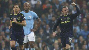 Rooney brilla con Everton como en sus mejores tiempos