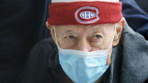 Ontario: Ancianos no recibirán vacuna de AstraZeneca
