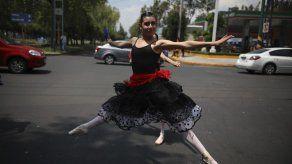 Ballet para afrontar colapsado tránsito en Ciudad de México