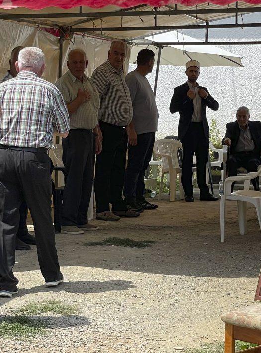 El Ministerio de Relaciones Exteriores de Kosovo informó que una persona seguía hospitalizada en condición grave, mientras que otras 15 estaban estables y 26 fueron dadas de alta.