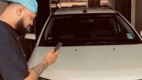 Sech le regala un carro a su amigo BCA por su cumpleaños