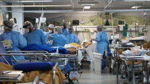 El coronavirus empieza a ensañarse con los más jóvenes en Brasil
