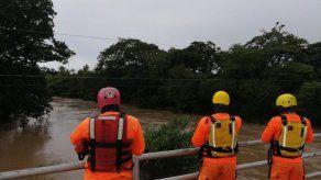 Sinaproc monitorea desbordamiento de río en La Pintada y atiende caída de árboles en Santiago