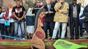 Roban y tiran al Tíber estatuas indígenas expuestas en Sínodo sobre Amazonas
