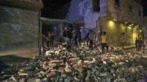 Aumentan a 19 muertos y más de 80 heridos por coche bomba en norte de Siria