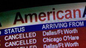American Airlines sigue cancelando vuelos