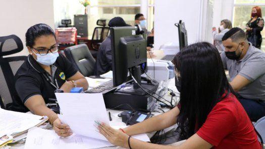 El Servicio de Migración informó que 30 de junio también culmina el periodo en que los residentes permanentes, que se encuentran fuera del territorio nacional, puedan permanecer así, sin que conlleve sanción.