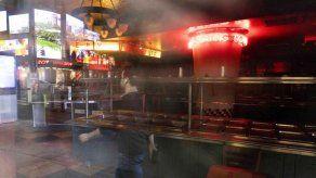 Facturación de restaurantes de EEUU cayó 240