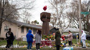 Piden justicia por la muerte de Daunte Wright.