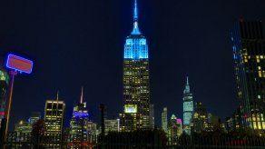 El Empire State celebra el 80 cumpleaños de John Lennon con un signo de paz