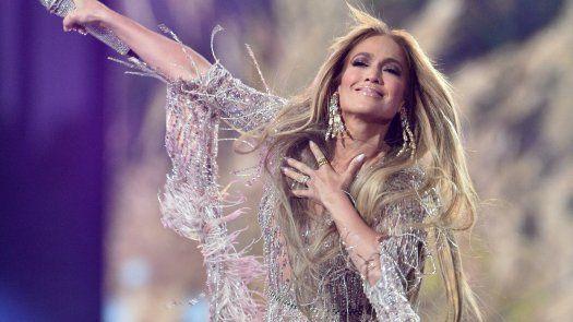 Príncipe Enrique y J-Lo encabezan concierto Vax Live en Los Ángeles
