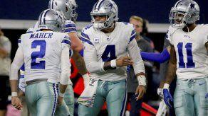 Cowboys arrollan a Eagles y recuperan cima en el Este