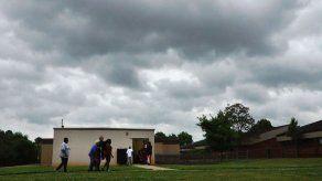 Tormentas y tornados amenazan sureste de EEUU