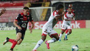 Con las botas puestas cayó el Sanfra ante la LDA en la Concacaf League