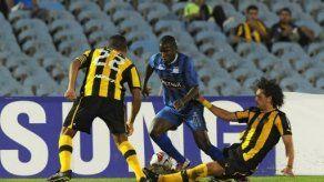 Peñarol pisa fuerte en la Libertadores