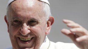 Papa denuncia trabajo de menores