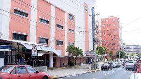 Hospital Santo Tomás confirma casos de pacientes en UCI con COVID-19 y la bacteria KPC