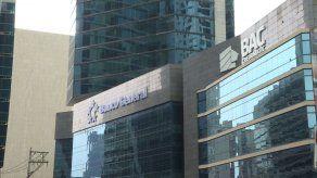 Bancos podrán atender los viernes sin restricción de género en Panamá